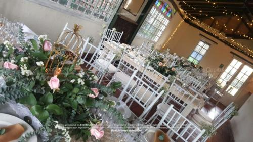 boda mesa vintage madera tiffany blanca camino yute (7)
