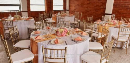 mesa redonda silla tiffany dorado (2)
