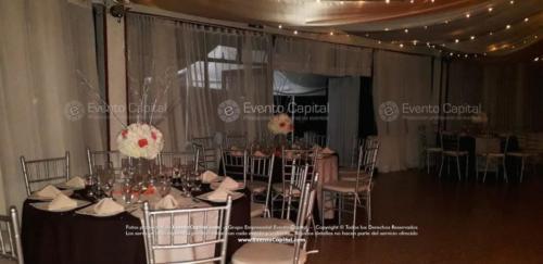 mesa redonda silla tiffany plata (1)
