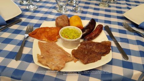 parrillada plato cuadrado taza guacamole evento (6)