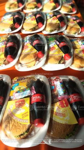 Refrigerios empacados Hamburguesa Paquete papas Gaseosa Golosina (2)