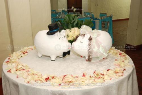 decoracion marranitos boda